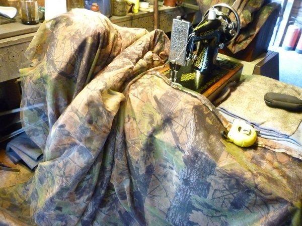 sewing camo 001tn_.JPG