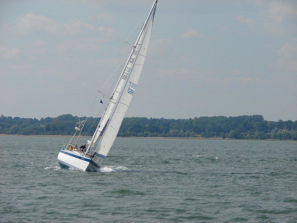 Jolie Brise on the Stour.jpg