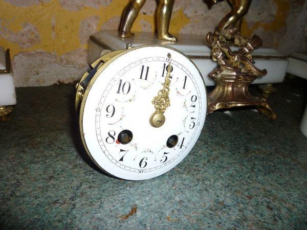 clock 005tn_.JPG