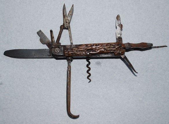 2118937641_germanknife(1).JPG.f05ac6666f6d2e02b8e89b1ba629706a.JPG