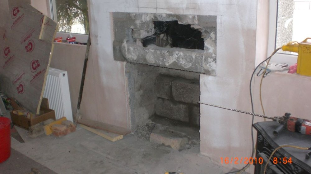 oldfireplace-out.JPG